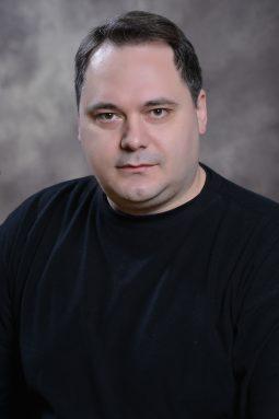 DSC_6201 Доц. д-р Денис Поповски